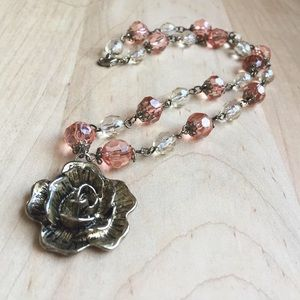 Jewelry - Soft Pink Beaded Floral Pendant Necklace